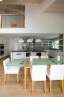 Modern New England style dining area