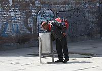 BOGOTÁ - COLOMBIA, 27-03-2020:Imágenes de la ciudad en el cuarto dia de aislamento preventivo obligatorio contra la propagación del Coronavirus en la capital de la república./<br /> Images of the city on the fourth day of mandatory preventive isolation against the spread of the Coronavirus in the capital of the republic. Photo: VizzorImage / Felipe Caicedo / Staff