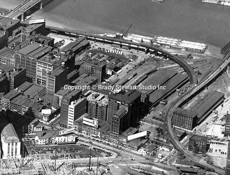 Pittsburgh PA:  Aerial view of the upper side of Liberty and Penn Avenues in Pittsburgh.