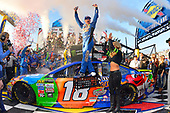 Monster Energy NASCAR Cup Series<br /> Apache Warrior 400<br /> Dover International Speedway, Dover, DE USA<br /> Sunday 1 October 2017<br /> Kyle Busch, Joe Gibbs Racing, M&M's Caramel Toyota Camry<br /> World Copyright: Gavin Baker<br /> LAT Images