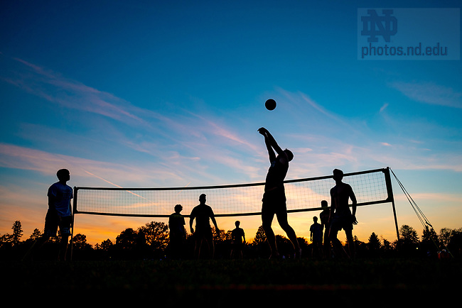 October 22, 2020; Students play volleyball on West Quad. (Photo by Matt Cashore/University of Notre Dame)