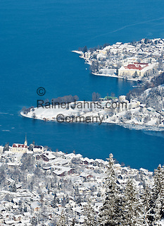 Germany, Bavaria, Upper Bavaria,  view from Wallberg mountain towards Lake Tegern with Rottach-Egern and Tegernsee