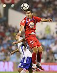 Gatafe's Juan Albin (r) and Zaragoza's Leonardo Daniel Ponzio during La Liga match. September 27 2009. (ALTERPHOTOS/Acero).