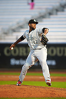 Kane County Cougars pitcher Jency Solis (22) delivers a pitch during a game against the Cedar Rapids Kernels on August 18, 2015 at Perfect Game Field in Cedar Rapids, Iowa.  Kane County defeated Cedar Rapids 1-0.  (Mike Janes/Four Seam Images)