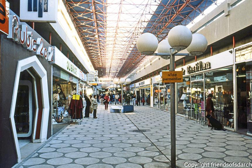 Paris: Creteil--a shopping center, but not the main one.