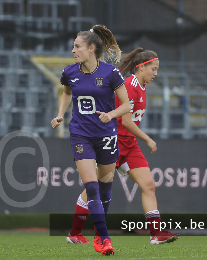 Tessa Wullaert (27) of Anderlecht pictured during a female soccer game between RSC Anderlecht Dames and Standard Femina de Liege on the sixth matchday of the 2021 - 2022 season of Belgian Womens Super League , Saturday 9 th of October 2021  in Brussels , Belgium . PHOTO SPORTPIX | SEVIL OKTEM