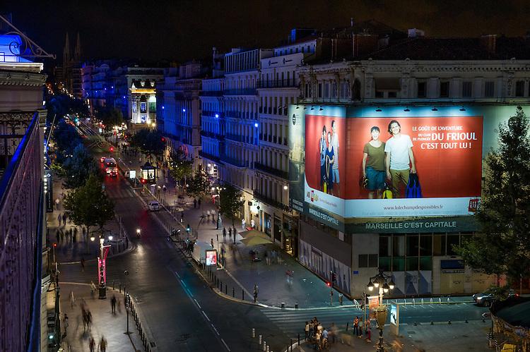 Panneau publicitaire ATHEM, au 14 la Canebière -  Marseille 2013