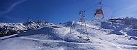 Europe/France/Rhone-Alpes/73/Savoie/Courchevel 1850 : Le massif depuis la télécabine de l'Arondiaz