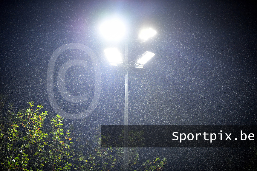 illustration picture showing the rain during a female soccer game between Sporting Charleroi and RSC Anderlecht on the third matchday of the 2020 - 2021 season of Belgian Scooore Womens Super League , friday 2 nd of October 2020  in Marcinelle , Belgium . PHOTO SPORTPIX.BE | SPP | DAVID CATRY