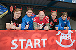 St Johnstone FC Supporting CHAS Devils Dash….14.10.16<br />Pictured from left, Liam Craig, Craig Thomson, Mike McClay CHAS Outdoor Events Co-Ordinator, Steven Anderson and Murray Davidson<br />Picture by Graeme Hart.<br />Copyright Perthshire Picture Agency<br />Tel: 01738 623350  Mobile: 07990 594431