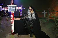Todesfee auf dem Friedhof der Burg Frankenstein - Mühltal 03.11.2018: Halloween auf der Burg Frankenstein