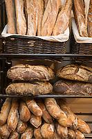 """Europe/France/Rhône-Alpes/74/Haute-Savoie/Annecy: Détail étal de pain à la boulangerie  """"Maison Rouge"""""""
