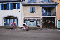 Breakaway attempt at the sandwicherie<br /> <br /> Stage 9 from Pau to Laruns 153km<br /> 107th Tour de France 2020 (2.UWT)<br /> (the 'postponed edition' held in september)<br /> ©kramon