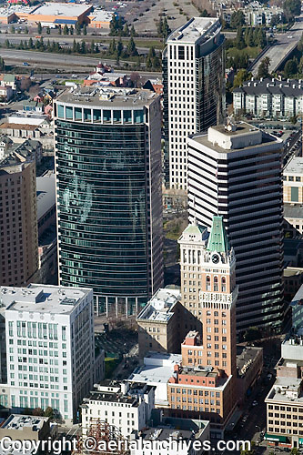 aerial photograph of skyscrapers adjacent to the Tribune Tower, Oakland, California