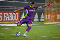 SAN JOSE, CA - SEPTEMBER 13: David Bingham #1 of the L.A. Galaxy kicks the ball during a game between Los Angeles Galaxy and San Jose Earthquakes at Earthquakes Stadium on September 13, 2020 in San Jose, California.