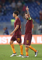 Calcio, Serie A: Roma vs Inter. Roma, stadio Olimpico, 2 ottobre 2016.<br /> Roma's Federico Fazio, left, and Daniele De Rossi leave the pitch at the end of an the Italian Serie A football match between Roma and FC Inter at Rome's Olympic stadium, 2 October 2016. Roma won 2-1.<br /> UPDATE IMAGES PRESS/Isabella Bonotto
