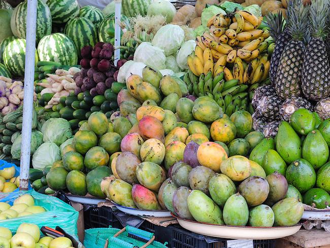 Lomé Farmers' Market 3