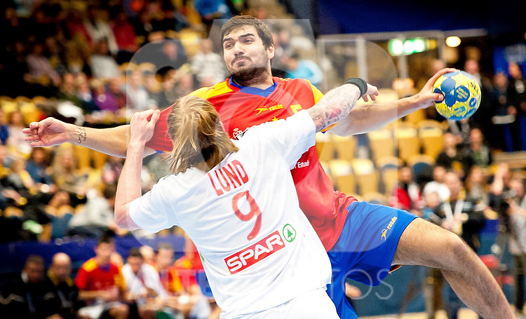 110122 Handboll, VM, Spanien - Norge: Borge Lund, Norge, Jorge Maqueda, Spanien... Foto © nph / Bildbyrån   56407