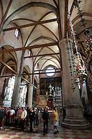 L'interno della Basilica di Santa Maria Gloriosa dei Frari a Venezia.<br /> Interior view of the Basilica di Santa Maria Gloriosa dei Frari in Venice.<br /> UPDATE IMAGES PRESS/Riccardo De Luca