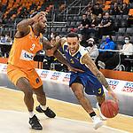 14.10.2020, ratiopharm arena, Neu-Ulm, GER, EuroCup, ratiopharm ulm vs Boulogne Metropolitans 92, <br /> im Bild Trey Landers (Ulm, #3), Brandon Brown (Boulogne, #3)<br /> <br /> Foto © nordphoto / Hafner