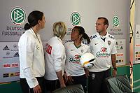 Birgit Prinz, Bundestrainerin Silvia Neid (D) und Marta mit Nationaltrainer Kleiton Lima (BRA)<br /> PK zum Laenderspiel Deutschland vs. Brasilien *** Local Caption *** Foto ist honorarpflichtig! zzgl. gesetzl. MwSt. Auf Anfrage in hoeherer Qualitaet/Aufloesung. Belegexemplar an: Marc Schueler, Am Ziegelfalltor 4, 64625 Bensheim, Tel. +49 (0) 151 11 65 49 88, www.gameday-mediaservices.de. Email: marc.schueler@gameday-mediaservices.de, Bankverbindung: Volksbank Bergstrasse, Kto.: 151297, BLZ: 50960101