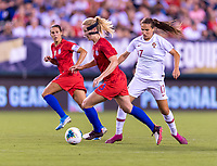 PHILADELPHIA, PA - AUGUST 29: Sam Mewis #3 of the United States dribbles during a game between Portugal and the USWNT at Lincoln Financial Field on August 29, 2019 in Philadelphia, PA.