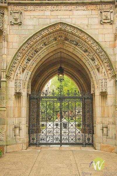 Yale University. Memorial Quadrangle gate. Samuel Yellin (1885-1940) Location: High Street, at Harkness Tower