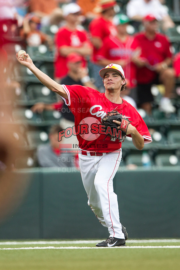 Houston Cougars third baseman Connor Hollis (44) makes a throw to first base during the NCAA baseball game against the Texas Longhorns on June 6, 2014 at UFCU Disch–Falk Field in Austin, Texas. The Longhorns defeated the Cougars 4-2 in Game 1 of the NCAA Super Regional. (Andrew Woolley/Four Seam Images)