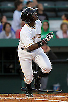 April 21, 2010 Outfielder Quincy Latimore of the Bradenton Marauders, Florida State League Class-A affiliate of the Pittsburgh Pirates, during a game at McKenhnie Field in Bradenton Fl. Photo by: Mark LoMoglio/Four Seam Images