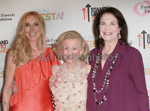 9 September 2017 - Barbara Davis, Alana Stewart, Sherry Lansing attend Farrah Fawcett Foundation's 'Tex-Mex Fiesta' event honoring Stand Up To Cancer at the Wallis Annenberg Center for the Performing Arts . Photo Credit: Theresa Bouche/AdMedia