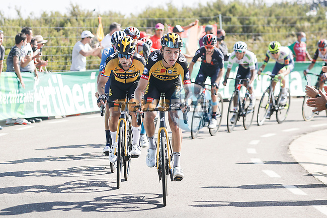 Sepp Kuss (USA) and Primoz Roglic (SLO) Jumbo-Visma climb during Stage 14 of La Vuelta d'Espana 2021, running 165.7km from Don Benito to Pico Villuercas, Spain. 28th August 2021.     <br /> Picture: Luis Angel Gomez/Photogomezsport | Cyclefile<br /> <br /> All photos usage must carry mandatory copyright credit (© Cyclefile | Luis Angel Gomez/Photogomezsport)