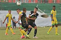 VILLAVICENCIO - COLOMBIA, 13-12-2020: Llaneros F.C. y Atlético Huila en partido por la fecha 22, cuadrangulares semifinales, como parte del Torneo BetPlay DIMAYOR 2020 jugado en el estadio Bello Horizonte de la ciudad de Villavicencio. / Llaneros F.C. and Atletico Huila in match for the date 22, semifinal home runs, as part of BetPlay DIMAYOR 2020 tournament played at Bello Horizonte stadium in Villavicencio city. Photo: VizzorImage / Juan Herrera / Cont
