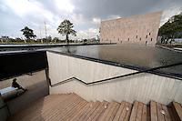 BOGOTÁ-COLOMBIA. Centro de Memoria Paz y reconciliación ubicado en el centro de Bogotá, Colombia.<br /> Center of Memory Peace and Reconciliation located in downtown of Bogota, Colombia Photo: VizzorImage/STR