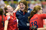 GER - Luebeck, Germany, February 06: After the 1. Bundesliga Damen indoor hockey semi final match at the Final 4 between Berliner HC (blue) and Duesseldorfer HC (red) on February 6, 2016 at Hansehalle Luebeck in Luebeck, Germany. Final score 1-3 (HT 0-1). (Photo by Dirk Markgraf / www.265-images.com) *** Local caption *** (L-R) Elisa Graeve #26 of Duesseldorfer HC