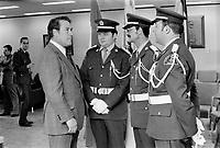 Le Ministre de la Justice Jerome Choquette et des gradés de la SQ, Mai 1973 <br /> Date exacte inconnue<br /> <br /> <br /> PHOTO : Agence Quebec Presse - Alain Renaud