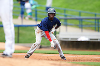 Cedar Rapids Kernels shortstop Nick Gordon (5) leads off first during a game against the West Michigan Whitecaps on June 7, 2015 at Fifth Third Ballpark in Comstock Park, Michigan.  West Michigan defeated Cedar Rapids 6-2.  (Mike Janes/Four Seam Images)
