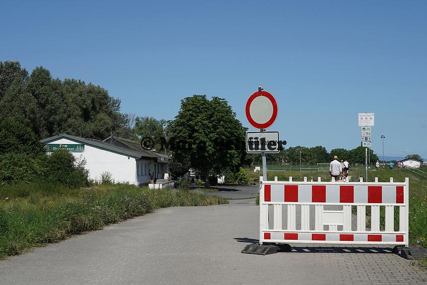 Gesperrte Zufahrt zu den Erfelder Yachthäfen - Gernsheim 18.07.2021: Hochwasser