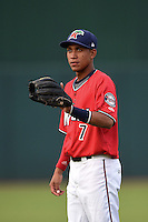 Fort Myers Miracle shortstop Engelb Vielma (7) warms up before a game against the Tampa Yankees on April 15, 2015 at Hammond Stadium in Fort Myers, Florida.  Tampa defeated Fort Myers 3-1 in eleven innings.  (Mike Janes/Four Seam Images)