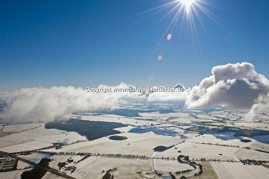 Winterlandschaft aus der Luft: EUROPA, DEUTSCHLAND, MECKLENBURG- VORPOMMERN 17.02.2009 Winterlandschaft aus der Luft