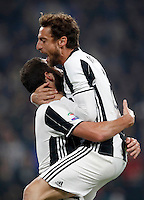 Calcio, Serie A: Juventus Stadium. Torino, Juventus Stadium, 29 ottobre 2016.<br /> Juventus' Gonzalo Higuain, left, celebrates with teammate Claudio Marchisio after scoring the winning goal during the Italian Serie A football match between Juventus and Napoli at Turin's Juventus Stadium, 29 October 2016. Juventus won 2-1.<br /> UPDATE IMAGES PRESS/Isabella Bonotto