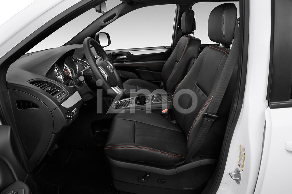 Front seat view of 2019 Dodge Grand-Caravan GT 5 Door Minivan Front Seat  car photos