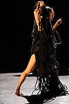 ISLAND OF NO MEMORIES....Chorégraphie et mise en scène : Kaori Ito..Interprètes : Kaori Ito, Thomas Bentin, Mirka Proke?ová..Dramaturgie : Satoshi Kudo..Lumière : Thomas Veyssière..Son : Louise Gibaud..Musique originale : Guillaume Perret..Lieu : Théatre de Vanves..Cadre : Artdanthe..Ville : Vanves..Le :17/02/2011..© Laurent PAILLIER / photosdedanse.com..All Rights reserved