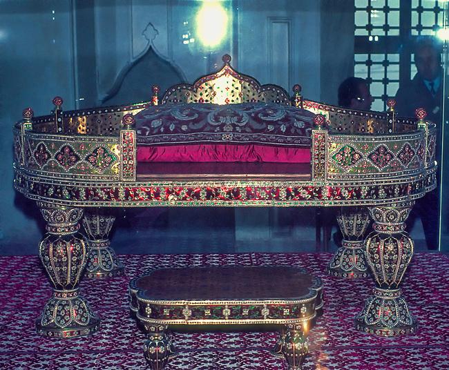 Istanbul, Topkapi Palace, Peacock Throne