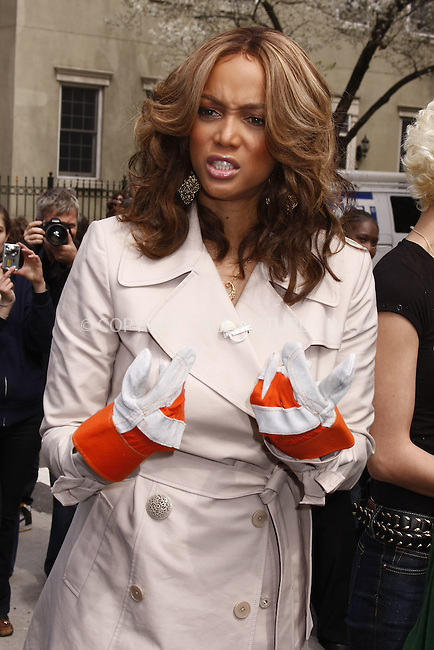 WWW.ACEPIXS.COM . . . . .  ....April 9 2008, New York City....Model and TV Personality Tyra Banks and some contestants from her show 'America's next top model joined Mayor Michael Bloomberg to plant a tree on Manhattan's Ninth Avenue. ....Please byline: AJ Sokalner - ACEPIXS.COM..... *** ***..Ace Pictures, Inc:  ..te: (646) 769 0430..e-mail: info@acepixs.com..web: http://www.acepixs.com