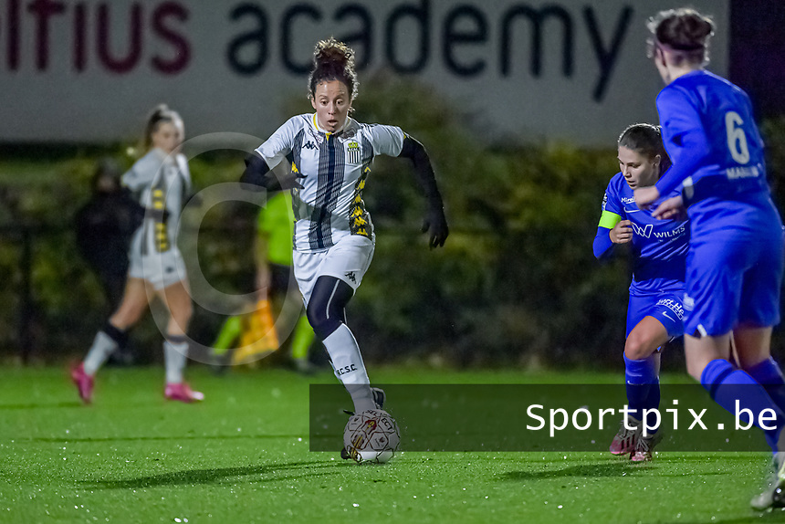 Charleroi midfielder Ines Dhaou (5) pictured during a female soccer game between Sporting Charleroi and KRC Genk Ladies on the 9th matchday of the 2020 - 2021 season of Belgian Scooore Womens Super League , friday 11 th of December 2020  in Marcinelle , Belgium . PHOTO SPORTPIX.BE | SPP | STIJN AUDOOREN