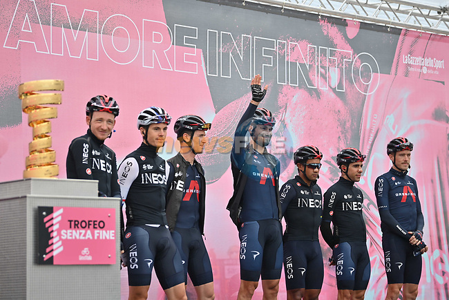Filippo Ganna (ITA) and Ineos Grenadiers at sign on before the start of Stage 12 of the 103rd edition of the Giro d'Italia 2020 running 204km from Cesenatico to Cesenatico, Italy. 15th October 2020.  <br /> Picture: LaPresse/Massimo Paolone | Cyclefile<br /> <br /> All photos usage must carry mandatory copyright credit (© Cyclefile | LaPresse/Massimo Paolone)