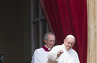 Pope Francis waves to the faithful from the central balcony of St. Peter's Basilica after delivering the Easter's Urbi et Orbi message in St. Peter's Square at the Vatican, April 1, 2018.<br /> UPDATE IMAGES PRESS/Riccardo De Luca<br /> <br /> STRICTLY ONLY FOR EDITORIAL USE
