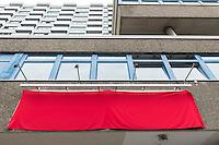 """Eroeffnung des """"Willkommenszentrums Berlin""""<br /> Der Beauftragte fuer Integration und Migration Andreas Germershausen eroeffnete am Donnerstag den 18. August 2016 zusammen mit der Senatorin fuer Arbeit, Integration und Frauen, Dilek Kolat das """"Willkommenszentrum Berlin"""" in Berlin-Schoeneberg.<br /> Das """"Willkommenszentrum Berlin"""" soll unter der Leitung von Frau Nele Allenberg fuer Menschen die aus ganz unterschiedlichen Gruenden nach Berlin zuwandern, eine erste Anlaufstelle sein. <br /> Hier findet Beratung in mehreren Sprachen u.a. ueber melde- und aufenthaltsrechtliche Perspektiven, sowie ueber Arbeits- und Ausbildungsmoeglichkeiten oder die Anerkennung erworbener Berufs- oder Studienabschluesse statt. Auch zeigen die Beraterinnen und Berater Begegnungsmoeglichkeiten in Berlin auf und geben Hilfestellungen bei der Wohnungssuche.<br /> 18.8.2016, Berlin<br /> Copyright: Christian-Ditsch.de<br /> [Inhaltsveraendernde Manipulation des Fotos nur nach ausdruecklicher Genehmigung des Fotografen. Vereinbarungen ueber Abtretung von Persoenlichkeitsrechten/Model Release der abgebildeten Person/Personen liegen nicht vor. NO MODEL RELEASE! Nur fuer Redaktionelle Zwecke. Don't publish without copyright Christian-Ditsch.de, Veroeffentlichung nur mit Fotografennennung, sowie gegen Honorar, MwSt. und Beleg. Konto: I N G - D i B a, IBAN DE58500105175400192269, BIC INGDDEFFXXX, Kontakt: post@christian-ditsch.de<br /> Bei der Bearbeitung der Dateiinformationen darf die Urheberkennzeichnung in den EXIF- und  IPTC-Daten nicht entfernt werden, diese sind in digitalen Medien nach §95c UrhG rechtlich geschuetzt. Der Urhebervermerk wird gemaess §13 UrhG verlangt.]"""