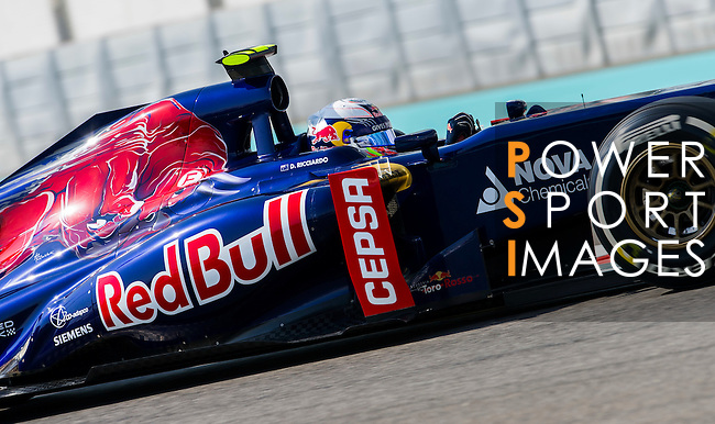 Daniel Ricciardo of Australia and Scuderia Toro Rosso drives during the Abu Dhabi Formula One Grand Prix 2013 at the Yas Marina Circuit on November 3, 2013 in Abu Dhabi, United Arab Emirates. Photo by Victor Fraile / The Power of Sport Images