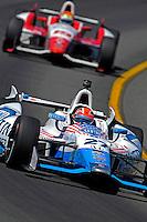 James Hinchcliffe and Justin Wilson race at Pocono, PA.